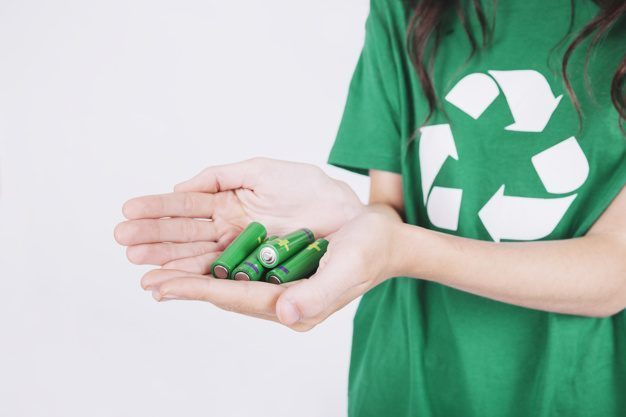 recycling lithium ion batteries